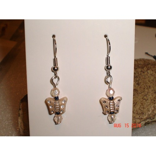 Handcrafted Creamy White Butterfly Earrings Silver Tone French Wires cde0815k