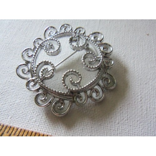 Sarah COVENTRY Signed Vintage Retro Silver Swirls Pin