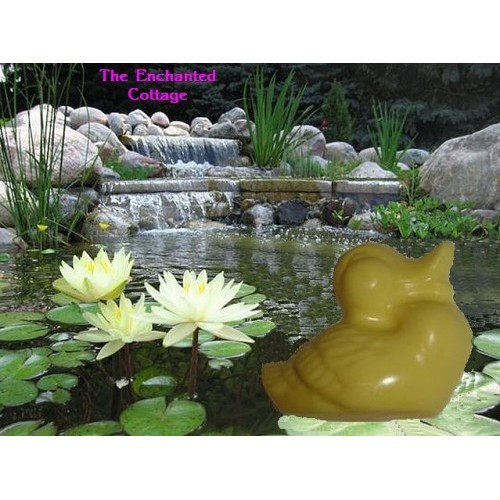 Oakmoss Scent Handcrafted Glycerin Shea Butter Soap Duck Shape Yellow Color