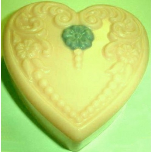 Cedarwood Scent Handcrafted Glycerin Floral Heart Soap Yellow with Green