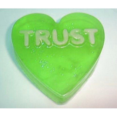 Flowering Dogwood Scent Scent Handcrafted Glycerin Soap Heart Shape Word Trust Green Color