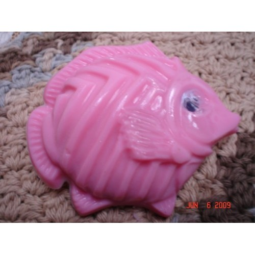 Freesia Scent Handcrafted Glycerin Shea Butter Soap 'Fish with an Eye' Pink Color